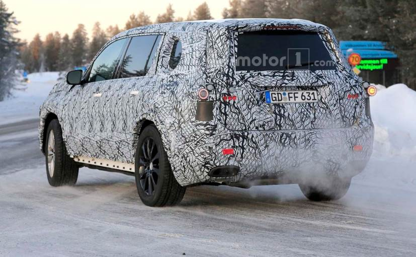 the 2019 mercedes benz gls rear