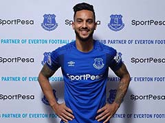 Everton Sign Arsenal Winger Theo Walcott