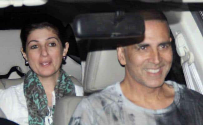 Akshay Kumar And Twinkle Khanna Screen PadMan For Family. See Pics