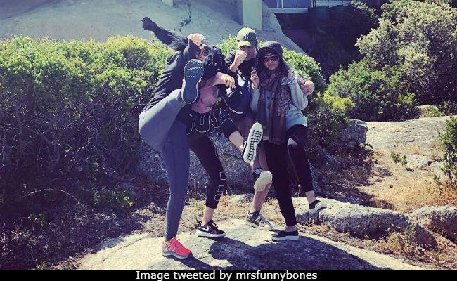 Happy New Year! Twinkle Khanna, Akshay Kumar 'Jump Start' 2018 In Cape Town