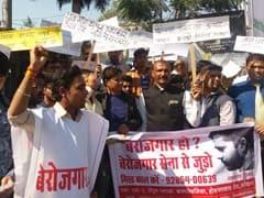 स्पेशल रिपोर्ट : मध्य प्रदेश में बढ़ती बेरोजगारी के बीच युवाओं ने किया बेरोजगार सेना का गठन