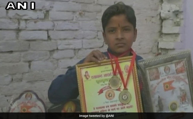Class 8 Student Of Saharanpur Claims He Knows Tables Upto 20 Crore