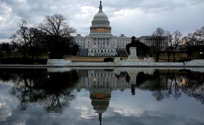 Hours From Deadline, US Congress To Vote To Avert Shutdown