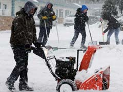 2 Dead, Over 1,600 Flights Grounded, Schools Shut In Snowstorm Across US Midwest