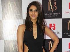 Vaani Kapoor Might Star In Vishal Bhardwaj's Next Film: Report