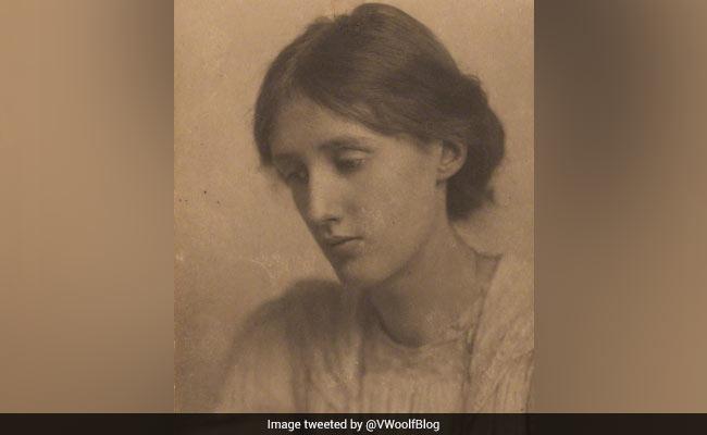 Virginia Woolf's 136th birthday: 'राइटिंग को Sex' की तरह मानती थीं वर्जिनिया वुल्फ, गूगल ने डूडल बनाकर ऐसे किया याद
