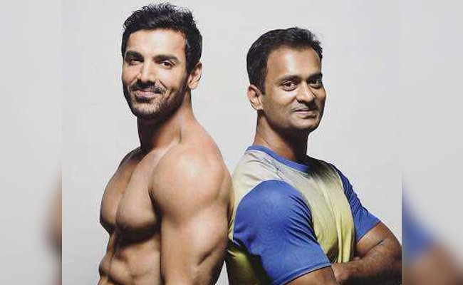 Celebrity Trainer Vinod Channa Tells Us How Celebrities Lose Fat, Gain Muscle So Fast