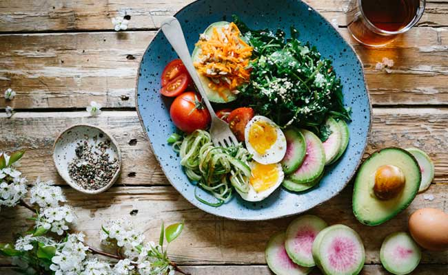 Slim Down This Valentine's Day With These 5 Easy Diet Plans