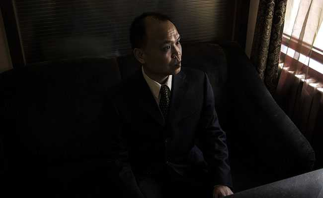 Police Video Of Chinese Lawyer Yu Wensheng's Arrest Raises Questions