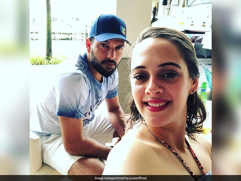 Yuvraj Singh Photobombs Wife Hazel Keech