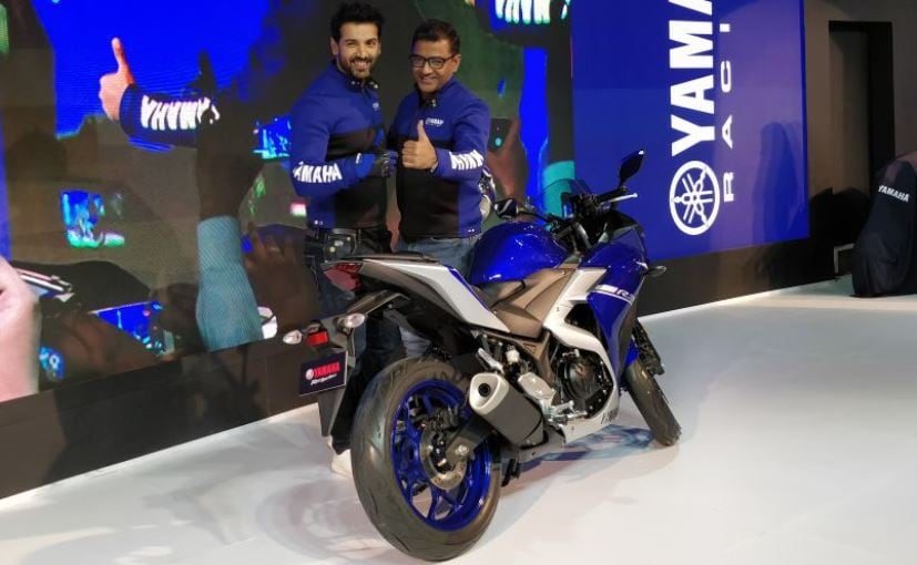 2018 Auto Expo: The new Yamaha R3 comes with new graphics and dual channel ABS as standard