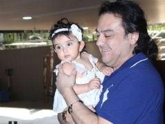 Such Cute Pics Of Adnan Sami's Daughter Medina