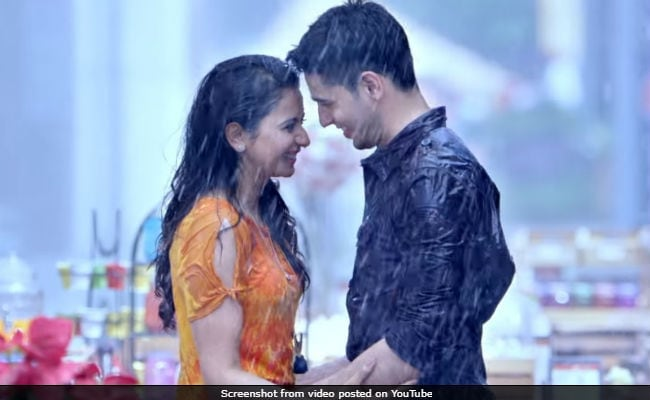 Aiyaary Box Office Collection Day 5: Sidharth Malhotra's Film Collects 14 Crore