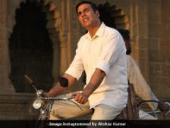 <i>PadMan</i>: How Akshay Kumar Is Like A Muruganantham IRL, According To Director