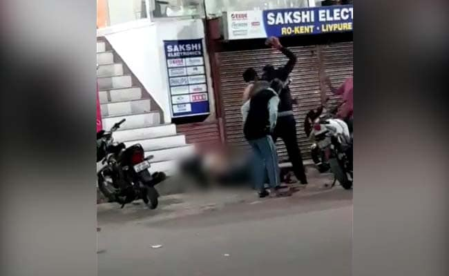 Law student dies after brutal attack outside restaurant in Allahabad