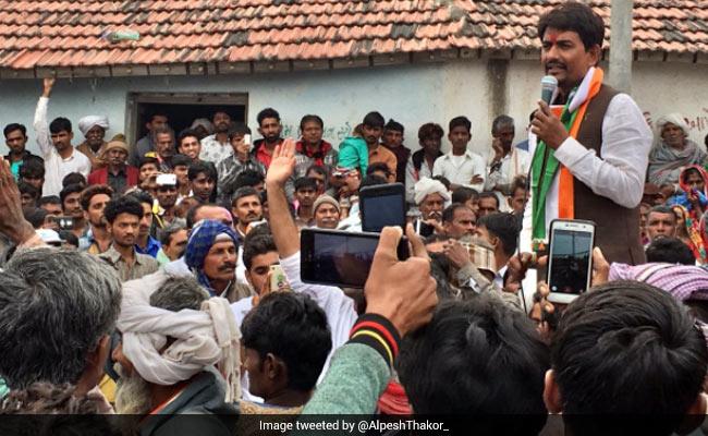 अल्पेश ठाकोर के कांग्रेस से अलग होने की अफवाहें तेज, थाम सकते हैं बीजेपी का दामन