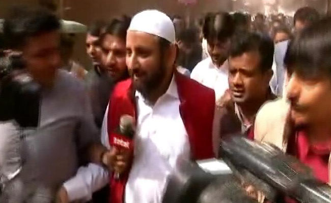 AAP's Amanatullah Khan Says Will Admit Children To Government School