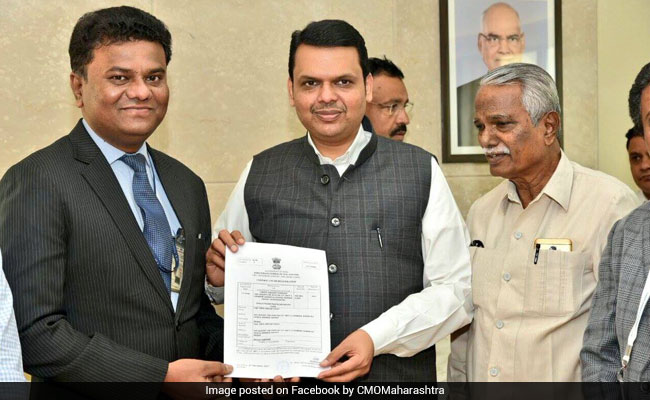 Image result for Maha govt inks Rs 35,000 cr pact with a pilot to build aircraft ndtv