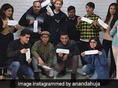 Sonam Kapoor's Rumoured Boyfriend Anand Ahuja Took The <i>PadMan</i> Sanitary Napkin Challenge