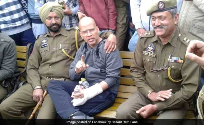 Jammu And Kashmir Top Cop Warns Traffic In-Charge Basant Rath For Violating Rules