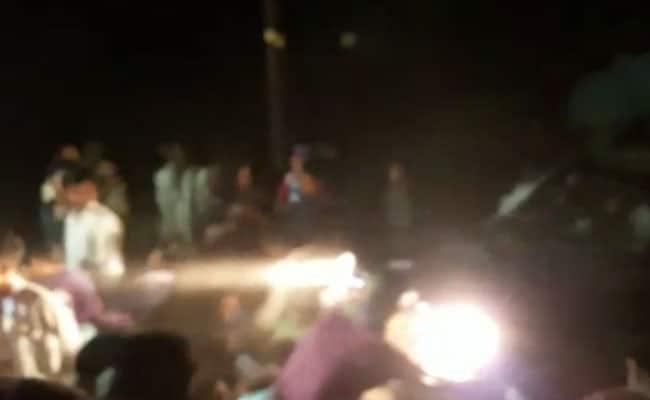 दूल्हे की कार ने बारातियों को कुचला, 25 से ज्यादा घायल