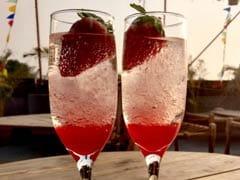 Classy cocktail recipes: यहां हैं बेस्ट कॉकटेल रेसिपीज, वोदका-वाइन संग कौन-कौन से फूड आइटम बढ़ाएंगे पार्टी की शान...