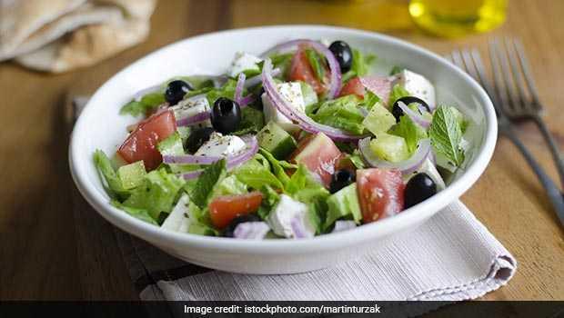 cucumber black olive and mint salad