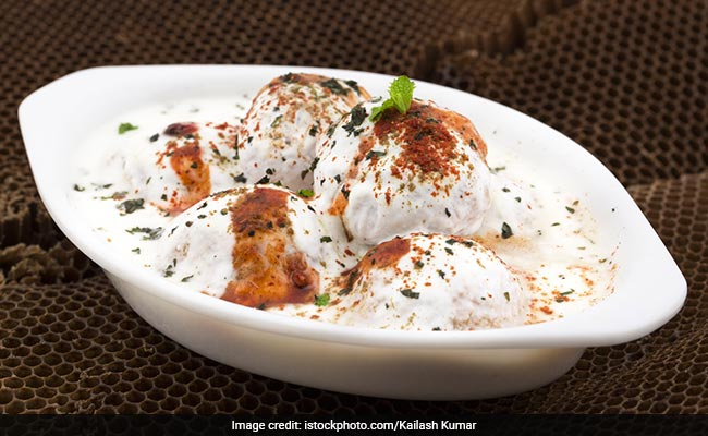 Holi 2018: What To Eat And Drink During Holi- A Complete Guide