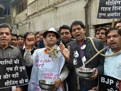 Traders In Delhi To Go On Strike Today Against Sealing