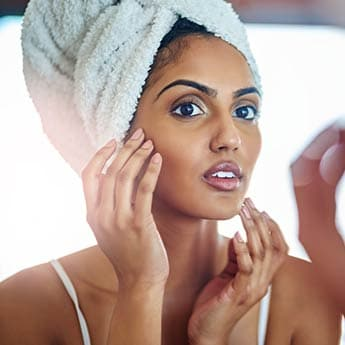 An Expert Explains Everything You Need To Know About Dermaplaning