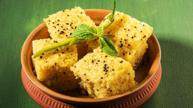 Channa dal dhokla recipe how to make dhokla at home in cooker channa dal dhokla forumfinder Choice Image
