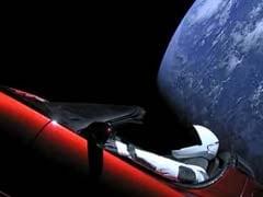 अंतरिक्ष में भेजी गई एलन मस्क की कार धरती या शुक्र ग्रह से टकरा सकती है