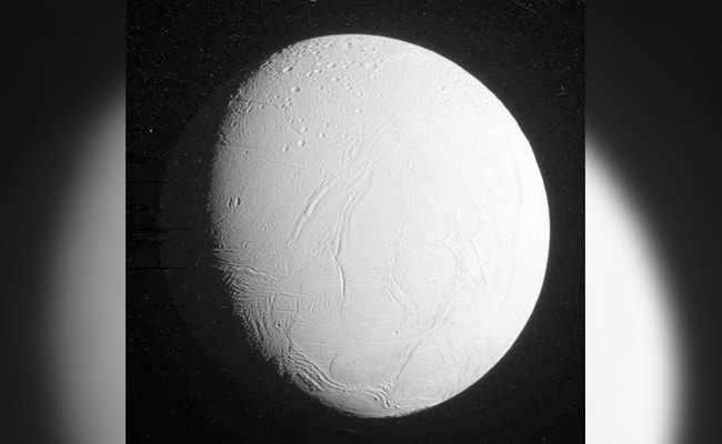 Alien Life In Our Solar System? Study Hints At Saturn's Moon
