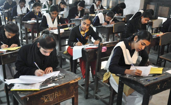 CBSE Received Handwritten Notes Containing Answers Of Economics Paper