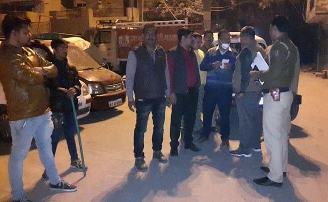फर्श बजार मुठभेड़: लूट की वारदात को अंजाम देने आए दो बदमाशों को पुलिस ने पकड़ा