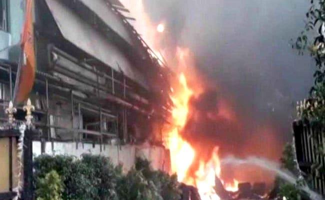 रूस अग्निकांड: आग की लपटों के बीच फंसे स्कूली छात्रों ने अपने अभिभावक को किया फोन, कहा- 'गुडबॉय'