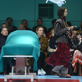 Gucci's Fantastical Fall 2018 Show Included Baby Dragons, Snakes And More