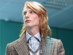 Gucci Models Walk The Runway - With Replica Severed Heads Of Themselves