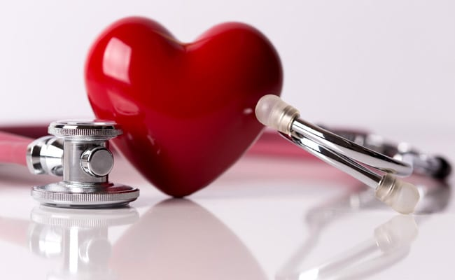 High BP, Smoking Makes Women More Prone To Heart Attack:�Foods To Prevent Heart Problems And Blood Pressure