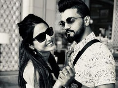 <i>Bigg Boss 11</i>'s Hina Khan And Boyfriend Rocky Are Holidaying In Sri Lanka