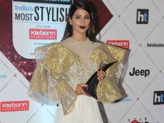 <i>Bigg Boss 11</i>'s Hina Khan To Walk The Ramp At Lakme Fashion Week