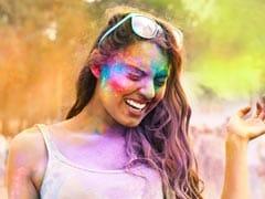 Happy Holi 2018: होली के बाद भी चाहते हैं सिल्की बाल और मुलायम स्किन, तो फॉलो करें ये 12 TIPS