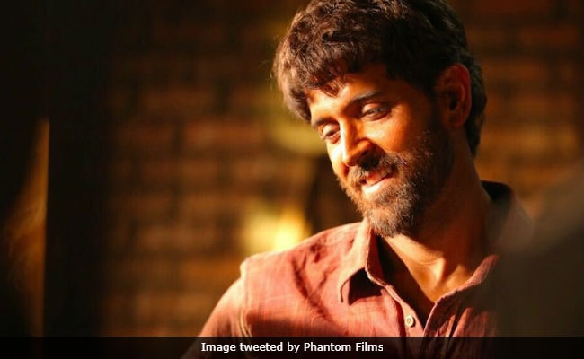 If You Were Struck By Hrithik Roshan's Super 30 Look, So Was Anand Kumar, Whom He Plays