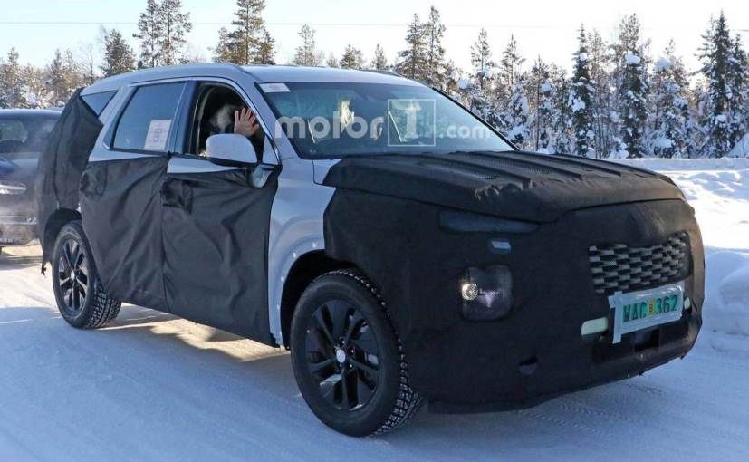 Hyundai's Upcoming 8-Seater SUV Spotted Testing - NDTV CarAndBike