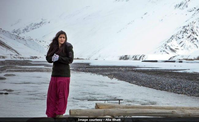 Alia Bhatt And Randeep Hooda Share Heartfelt Posts As Highway Clocks 4 Years