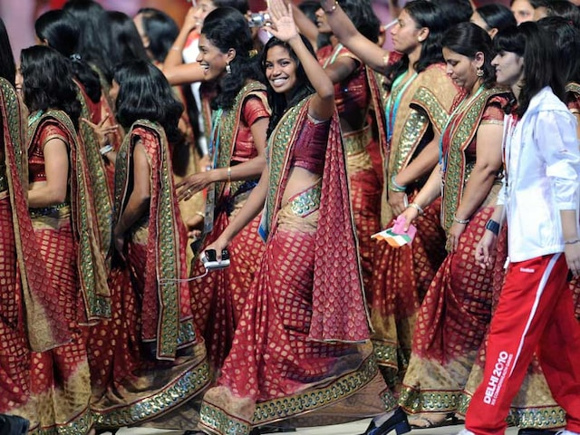 India Opt For Trousers Instead Of Sari At 2018 Commonwealth Games Ceremony