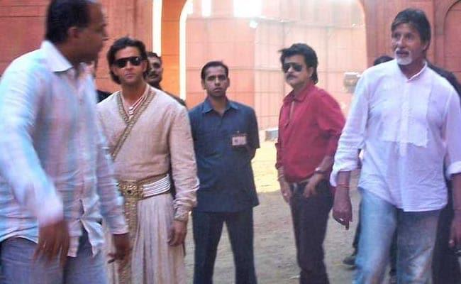 Jodhaa Akbar: ऋतिक रोशन और ऐश्वर्या राय की 'जोधा अकबर' के 10 साल पूरे होने पर सामने आई सेट की Unseen Photos