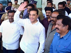 Kamal Haasan At Kalam's Home For Blockbuster Political Party Launch