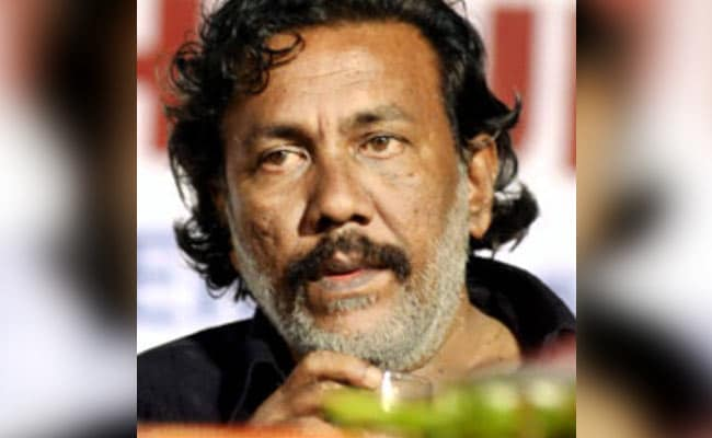 Six arrested for threatening Malayalam poet Kureepuzha Sreekumar