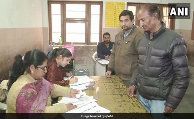 Voting begins for Punjab's largest municipal body